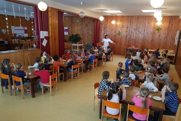 Predškoláci dostávajú dotáciu na obedy.