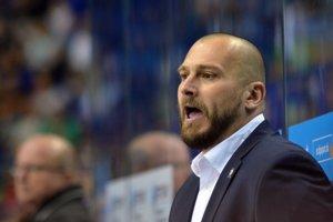 Tréner HC Košice Roman Šimíček.