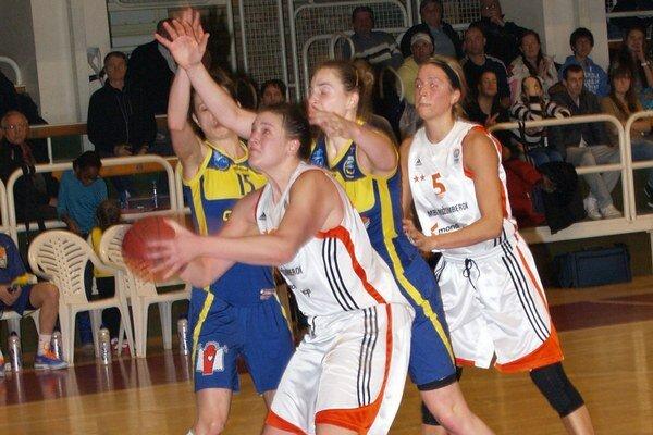 Basketbalistky MBK Ružomberok v sobotu zavŕšili svoje účinkovanie v Stredoeurópskej lige.