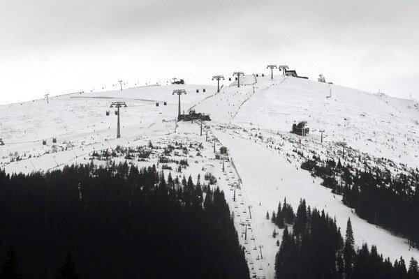 Poľsku chýbajú dostatočne dlhé zjazdovky, aké má lyžiarske stredisko Jasná.