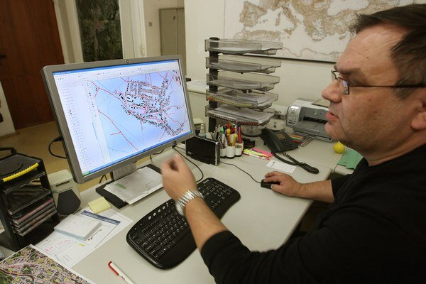 Väčšinu úradných dokumentov z mestského úradu vybavia ľudia aj cez internet.
