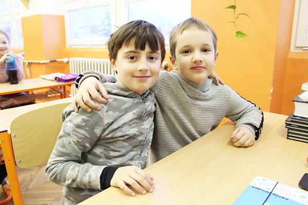 Kamaráti Jakub (zľava) a Maxim.