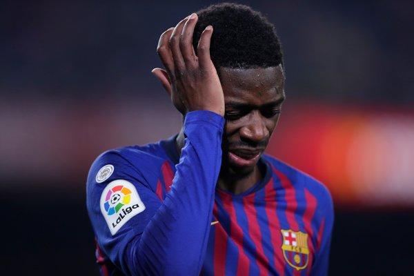 Ousmane Dembélé s bolestivou grimasou po svojom zranení.