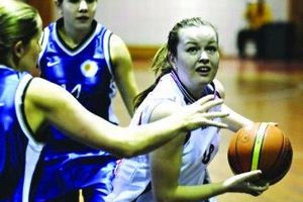 Pred piatimi rokmi postúpil Liptovsko-mikulášsky dievčenský tím do prvej ligy a postupne si na slovenských palubovkách vybudovali vysoký kredit.