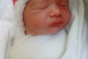 Tomáško Chladný (3000 g a 48 cm) sa narodil 21. decembra Kataríne a Danielovi z Malej Bytče. Doma ma dvojročného bračeka Danielka.
