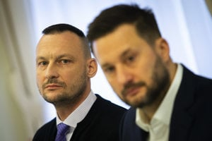 Marek Gajdoš (vľavo) a primátor Matúš Vallo.