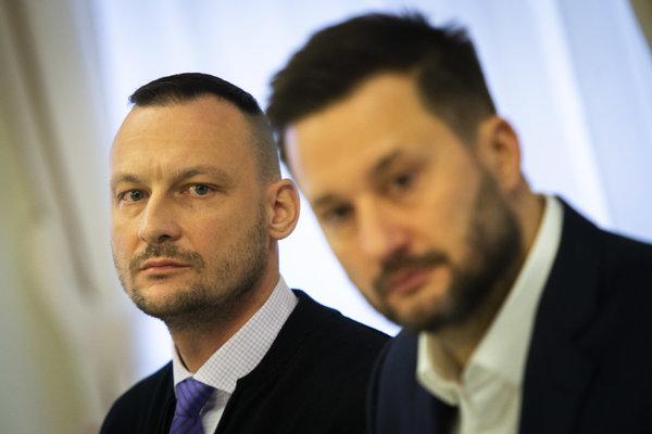 Bývalý šéf vyšetrovacieho tímu kauzy Gorila Marek Gajdoš a primátor Vallo.