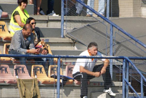 MFK skončil 23. septembra spoluprácu aj s hlavným koučom prvoligovej rezervy Ladislavom Molnárom.