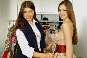 Laura Longauerová a riaditeľka súťaže Miss Slovensko Karolína Chomisteková.