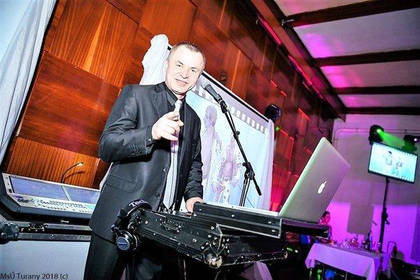 Ján Haliena pracuje ako DJ vyše 20 rokov.