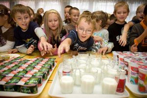 Mlieko majú možnosť deti dostávať v rôznych formách.