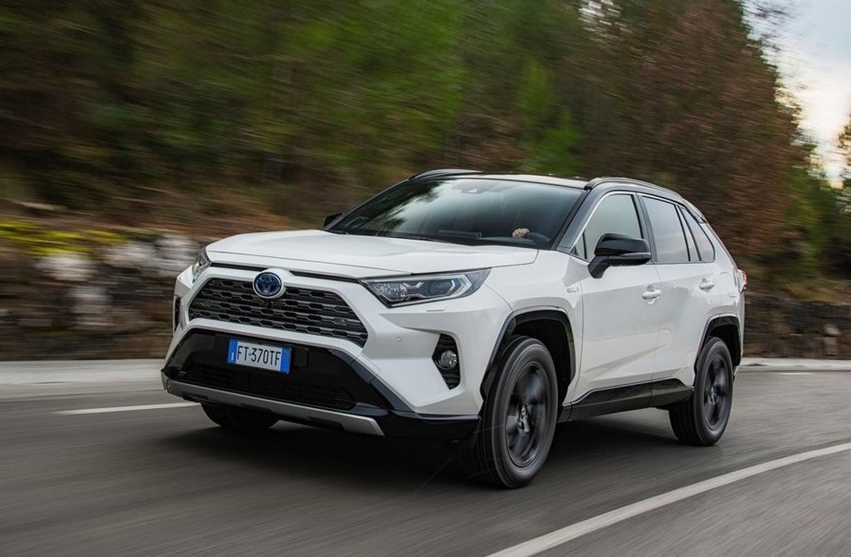 Toyota RAV4 2019: cena, rozmery, výbava a motory - Auto SME