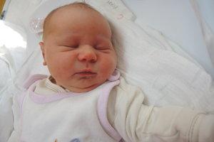 Natália Bašovská (4460 g, 54 cm) sa narodila 22. januára Gabriele a Romanovi z Púchova.