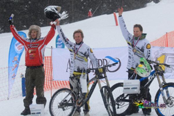 Liptovskí jazdci z Freeride MTB Demänovská dolina sa postupne prebojovali až do semifinále. Dalibor Kurek skončil celkovo tretí a Aleš Hrebík obsadil vo finále prvé mieste.