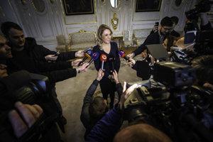 Ministerka Saková pred stretnutím s prezidentom Kiskom.