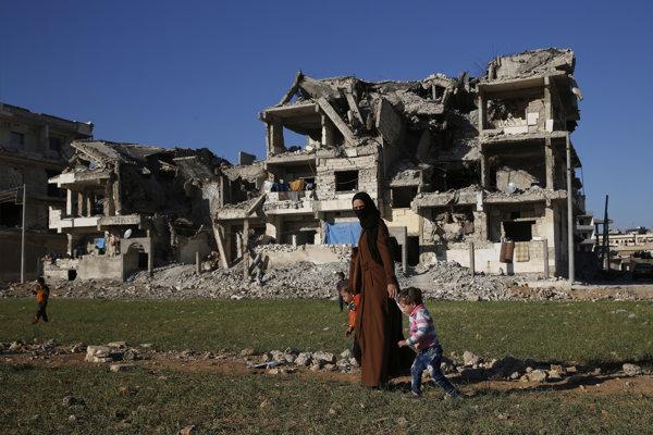 Zničený sýrsky Mandžíb.