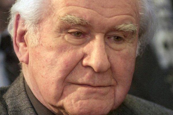 Imrich Kružliak na fotke z roku 2002.