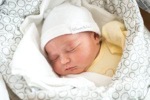Alica Velitsová (4020 g, 55 cm) sa narodila 29. januára Lenke a Petrovi z Púchova.