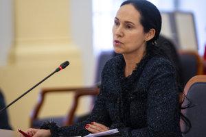 Lucia Kurilovská počas vypočutia Ústavnoprávnym výborom Národnej rady SR 24. januára 2019.