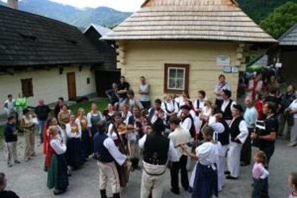 Nedeľa vo Vlkolínci je obľúbené podujatie pre ľudí z regiónu aj turistov.