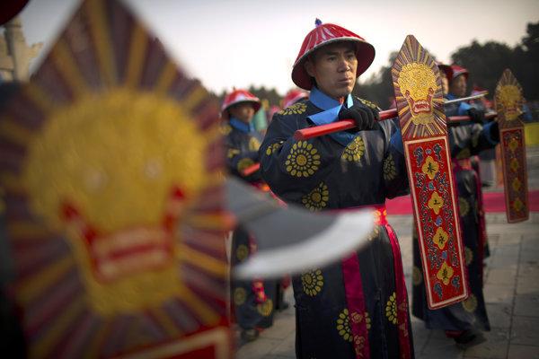 Ceremónia na počesť dynastie Ming v parku Ditan v Pekingu.