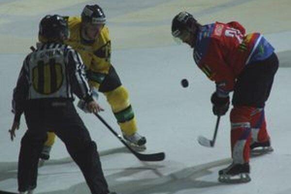 Mikulášski hokejisti v tejto sezóne vypadli z najvyššej súťaže.