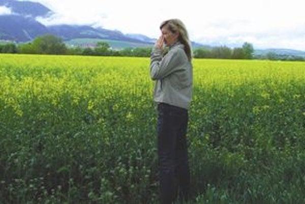 Repka olejná, podľa mnohých alergikov, zhoršuje ich zdravotný stav. Lekár alergoló hovorí, že je síce alergénom, ale len slabým.