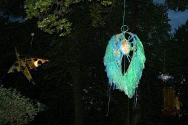 Lampióny v Magickej záhrade budú svietiť každý večer až do konca augusta.