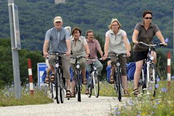 Akčná skupina Horný Liptov schválila podporu dvoch projektov cyklotrasy a chodníka vo výške 100-tisíc eur z eurofondov.