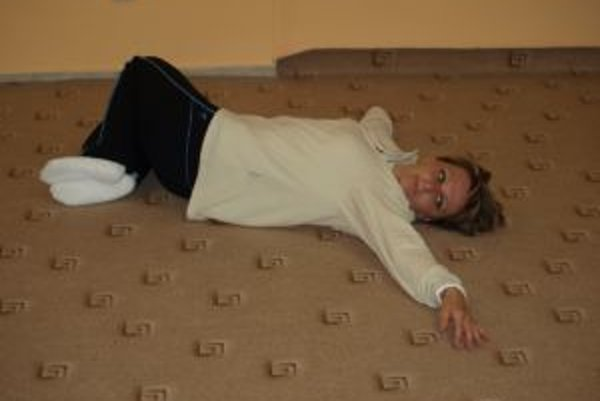 Monika Staroňová torzné cvičenie robí každé ráno a podľa jej vyjadrenia, cvičenie zabrá u nej špecificky.