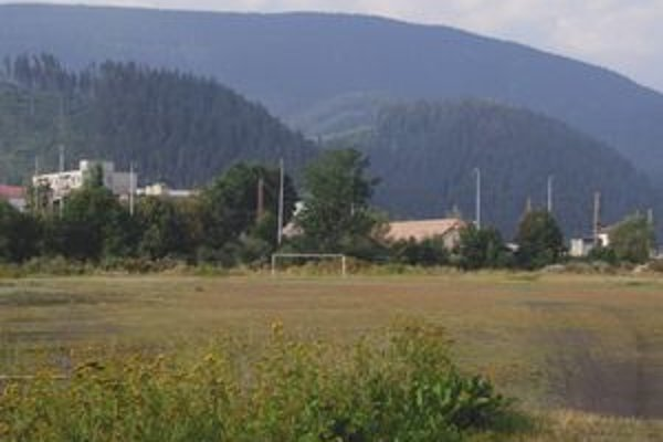 Futbalové ihrisko, na ktorom plánuje radnica postaviť byty, futbalisti takmer vôbec nevyužívajú.