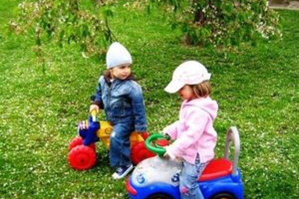 Deti v materských školách budú mať ovocie a zeleninu lacnejšie.