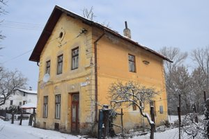 Budova bývalej železničnej stanici v Haliči.