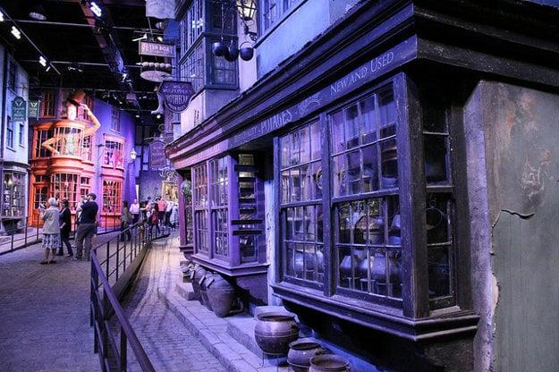 V týchto kulisách vznikal Harry Potter.