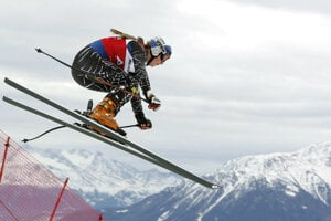 V roku 2008 na pretekoch v švajčiarskom Crans Montana.