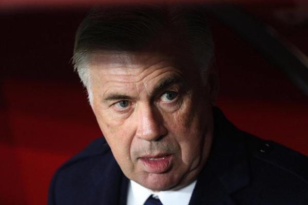 Tréner SSC Neapol Carlo Ancelotti.
