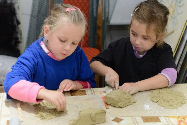 Cez jarné prázdniny majú deti k dispozícii hneď niekoľko tvorivých dielní.