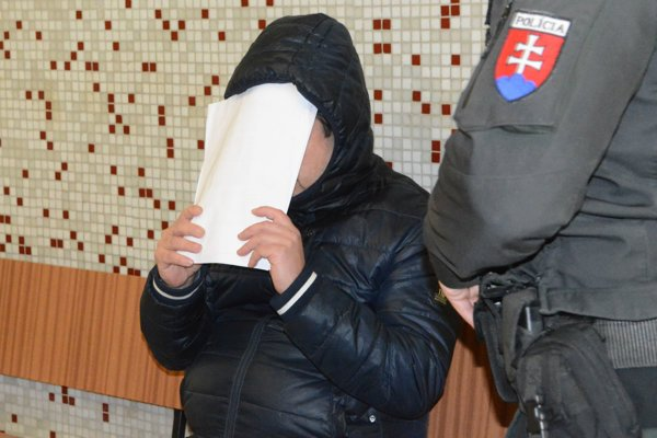 Václav na súde pri rozhodovaní o väzbe.