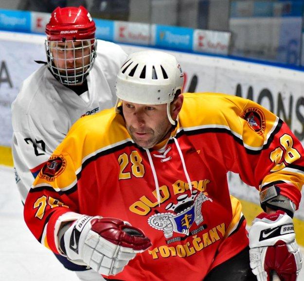 Peter Šmotlák v plnom nasadení.