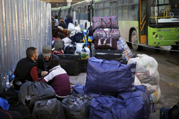 Sýrčania sa pomaly vracajú domov, no tam to pre nich nebude jednoduché.