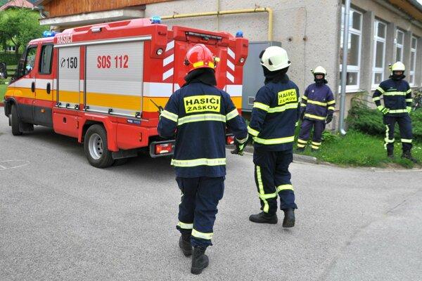 Dobrovoľní hasiči vykonávajú aj preventívne prehliadky.