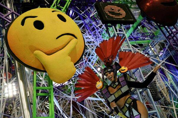 Slávny karneval v brazílskom Riu de Janeiro.