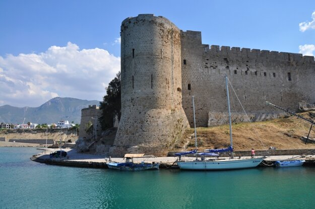 Girne - na dosah kamennej pevnosti