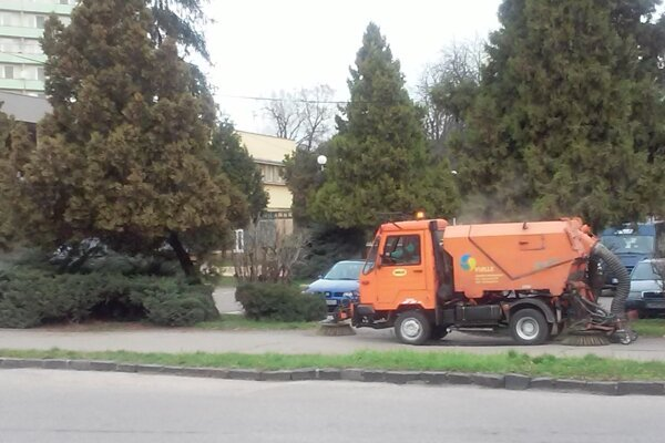 Mesto má byť po zime upratané do 15. mája