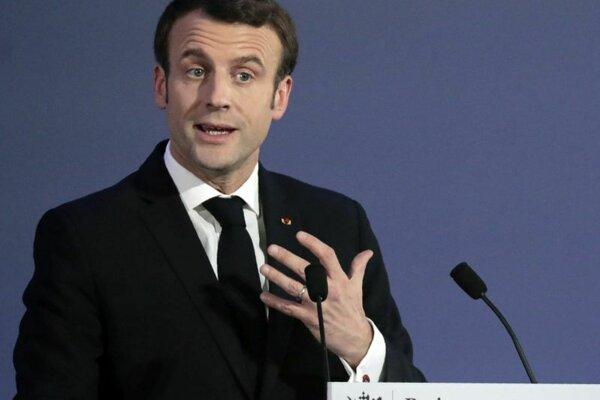 Emmanuel Macron počas prejavu pri príležitosti otvorenia európskej akadémie spravodajských služieb v Paríži.