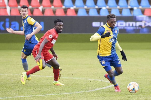Najlepšími hráčmi svojich tímov boli africkí legionári Kwin (ViOn) aTaiwo (DAC).
