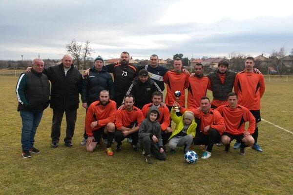OŠK Radzovce - víťaz Zimného pohára ObFZ Lučenec 2018/19.
