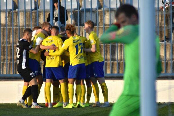 Michalovčania dosiahli jubilejné desiate ligové víťazstvo v tejto sezóne.