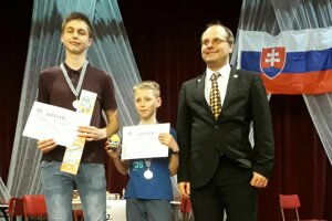 Radovan Priechodský (vľavo) vyhral na najťažšom stole.
