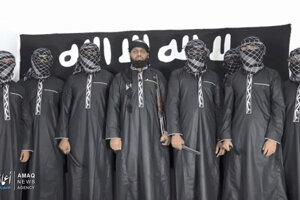 K zodpovednosti za útoky sa v utorok prihlásila džihádistická organizácia Islamský štát.